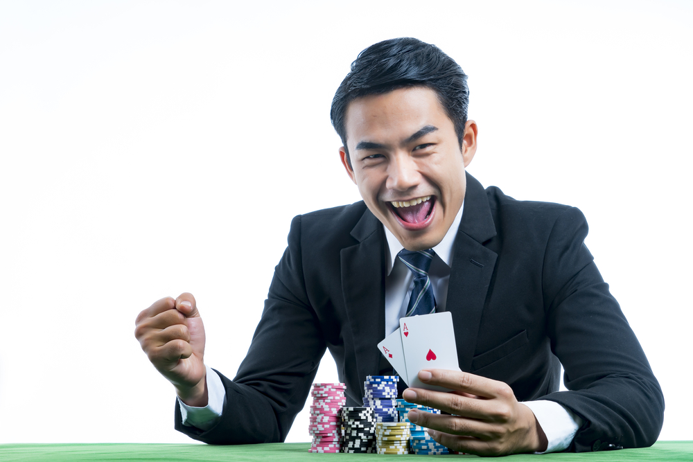 Tips for winning poker games and having fun at the same time